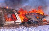 ELE FIR BUI  SK     2201218DBURNING OLD FARM HOUSE TO MAKE ROOM FOR NEW ONEST. DENIS                                 02/23© CLARENCE W. NORRIS           ALL RIGHTS RESERVEDBUILDINGS;ELEMENTS;FIRE;HEAT;HOMES;INSURANCE;PLAINS;PRAIRIES;SAFETY;SASKATCHEWAN;SK_;ST_DENIS;STRUCTURES;WINTERLONE PINE PHOTO                  (306) 683-0889
