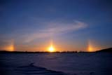 ELE SUN DOG  MB  IAW1900113DSUNDOGSROSSENDALE                         01© IAN A. WARD                    ALL RIGHTS RESERVEDELEMENTS;MANITOBA;MB_;PLAINS;PRAIRIES;ROSSENDALE;SCENES;SNOW;SUN;SUNDOGS;WINTERLONE PINE PHOTO              (306) 683-0889