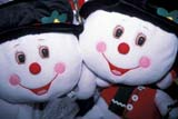 EVE CHR MIS  SK  CWN2210606D  SNOW COUPLE CLOSE-UPCHRISTMAS DECORATIONSASKATOON                       11/..© CLARENCE W. NORRIS      ALL RIGHTS RESERVEDCHRISTMAS;COUPLE;CRAFTS;DECORATIONS;DISPLAYS;EVENTS;PLAINS;PRAIRIES;SEWING;SASKATCHEWAN;SASKATOON;SK_;SNOWMAN;TOYSLONE PINE PHOTO              (306) 683-0889