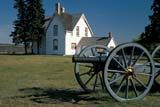 HIS NAT BAT  SK     2010507DMAIN HOUSE AND FIELD GUNFORT BATTLEFORD NAT HIS 09/16© CLARENCE W. NORRIS       ALL RIGHTS RESERVEDBUILDINGS;FIELD_GUNS;FORT_BATTLEFORD;FORT_BATTLEFORD_NHS;FORTS;HISTORIC;HOMES;NWMP;PIONEERS;PLAINS;PRAIRIES;SASKATCHEWAN;SK_;STRUCTURES;SUMMER;TOURISM;WEAPONSLONE PINE PHOTO               (306) 683-0889