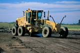 IND ROA CON  SK   WS11845DGRADER, HIGHWAY CONSTRUCTIONWARMAN                            09..© WAYNE SHIELS                ALL RIGHTS RESERVEDCONSTRUCTION;EQUIPMENT;GRADERS;HIGHWAYS;INDUSTRY;PLAINS;PRAIRIES;ROAD_CONSTRUCTION;ROADS;SASKATCHEWAN;SK_;SUMMER;WARMANLONE PINE PHOTO              (306) 683-0889