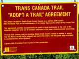 ROU TRA TRA  SK  CWN02D0610D       TRANS-CANADA TRAIL AGREEMENT SIGNCYPRESS HILLS                        07/02© CLARENCE W.  NORRIS          ALL RIGHTS RESERVEDHIKING;PLAINS;PLATEAU;PRAIRIES;ROUTES;SASKATCHEWAN;SCOUTING;SIGNS;SK_;SUMMER;TOURISM;TRANS_CANADA_TRAILLONE PINE PHOTO                  (306) 683-0889
