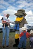 PEO ACT SUM  AB  DSR1000415D  VTDUCKS UNLIMITED MASCOTMICHELSON MARSHSTIRLING                                ..                   © DUANE S. RADFORD             ALL RIGHTS RESERVEDAB_;ACTIVITIES;ALBERTA;BINOCULARS;BIRDS;CHILDREN;DUCKS_UNLIMITED;ECOLOGY;FAMILIES;HATS;MASCOTS;MICHELSON_MARSH;OUTDOORS;PEOPLE;PLAINS;PRAIRIES;STIRLING;SUMMER;VTLLONE PINE PHOTO              (306) 683-0889