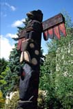 STR TOT MIS  BC  WFS1000124D  VTTOTEM POLE OF THUNDERBIRDDUNCAN VANCOUVER ISLAND             09. .© WILLIAM F. SMITH            ALL RIGHTS RESERVEDABORIGINAL;ART;BC_;BIRDS;BULLETINS;BRITISH;BRITISH_COLUMBIA;COLUMBIA;CULTURE;DUNCAN;FIRST;FIRST_NATIONS;NATIONS;PACIFIC;STRUCTURES;SUMMER;THUNDERBIRDS;TOTEM_POLES;VANCOUVER_ISLAND;VTL;WEST_COASTLONE PINE PHOTO               (306) 683-0889
